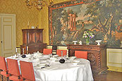 Elegant Dining at the Château