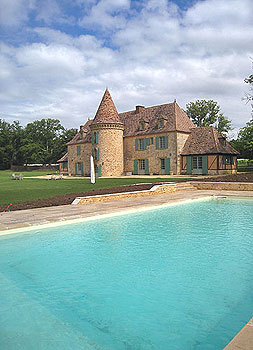 The new pool at Castel Merle