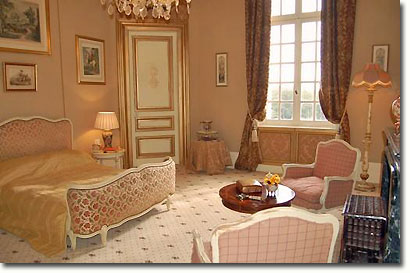 Elegant guest room at the château